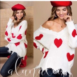 🆕❤️Red hearts oversized V-neck distressed sweater